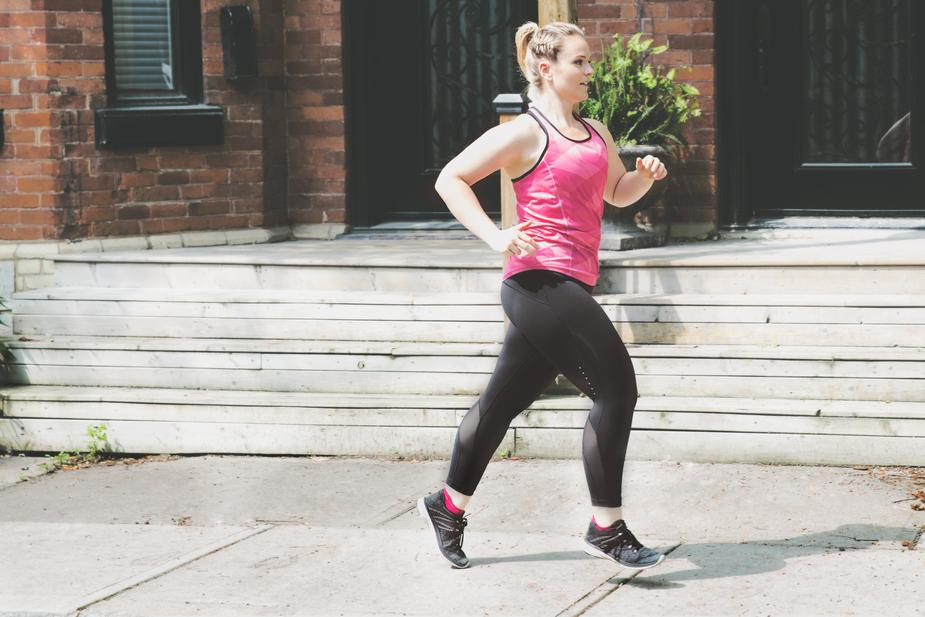 woman jogging healthy